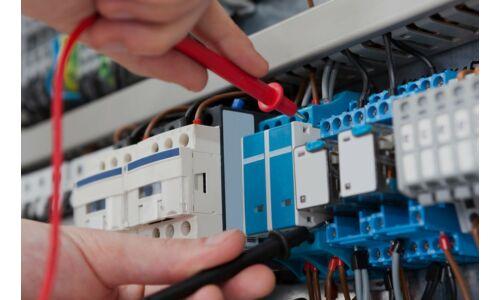 Ipari és lakossági  villanyszerelési munkálatok